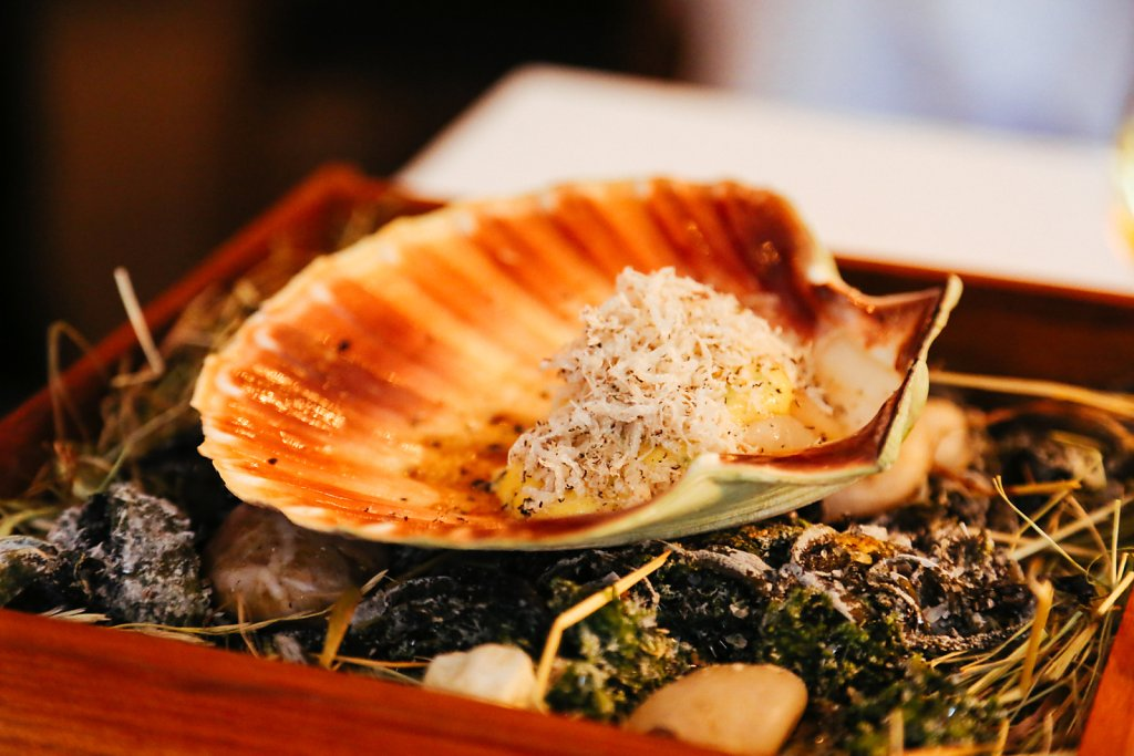 """Grilled scallop with summer truffle & """"dashi"""""""