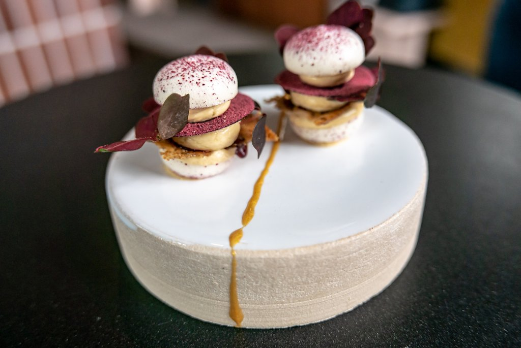 Grape macaron, whipped foie gras, condensed port wine, danish rye & hibiscus